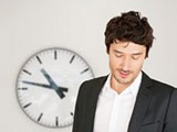 employee-with-clock